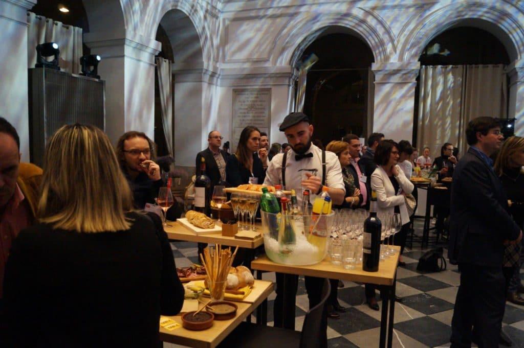 Comptoirs du traiteur Les 2 coudes sur la table à Bordeaux Convention