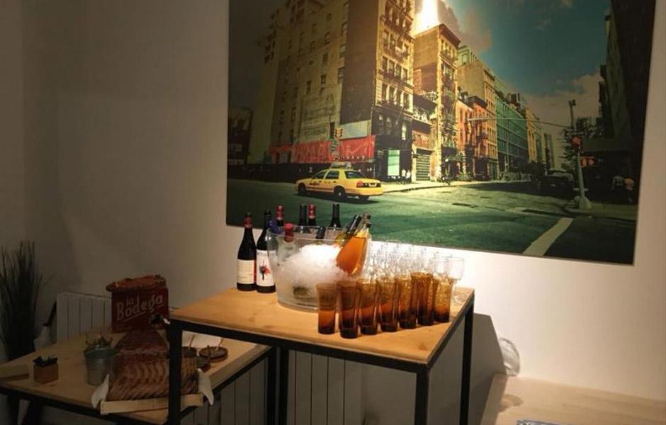 Les 2 coudes sur la table, traiteur de la soirée New York en français